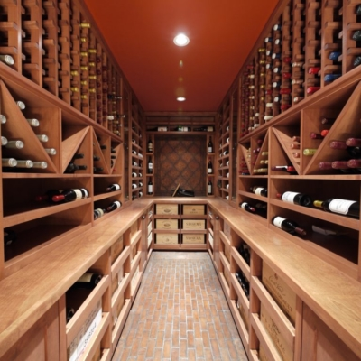 Full Room Narrow Wine Cellar