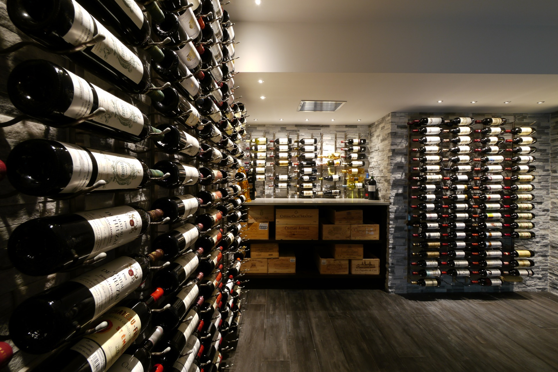 Angle Wine Cellar with Rack On Stone